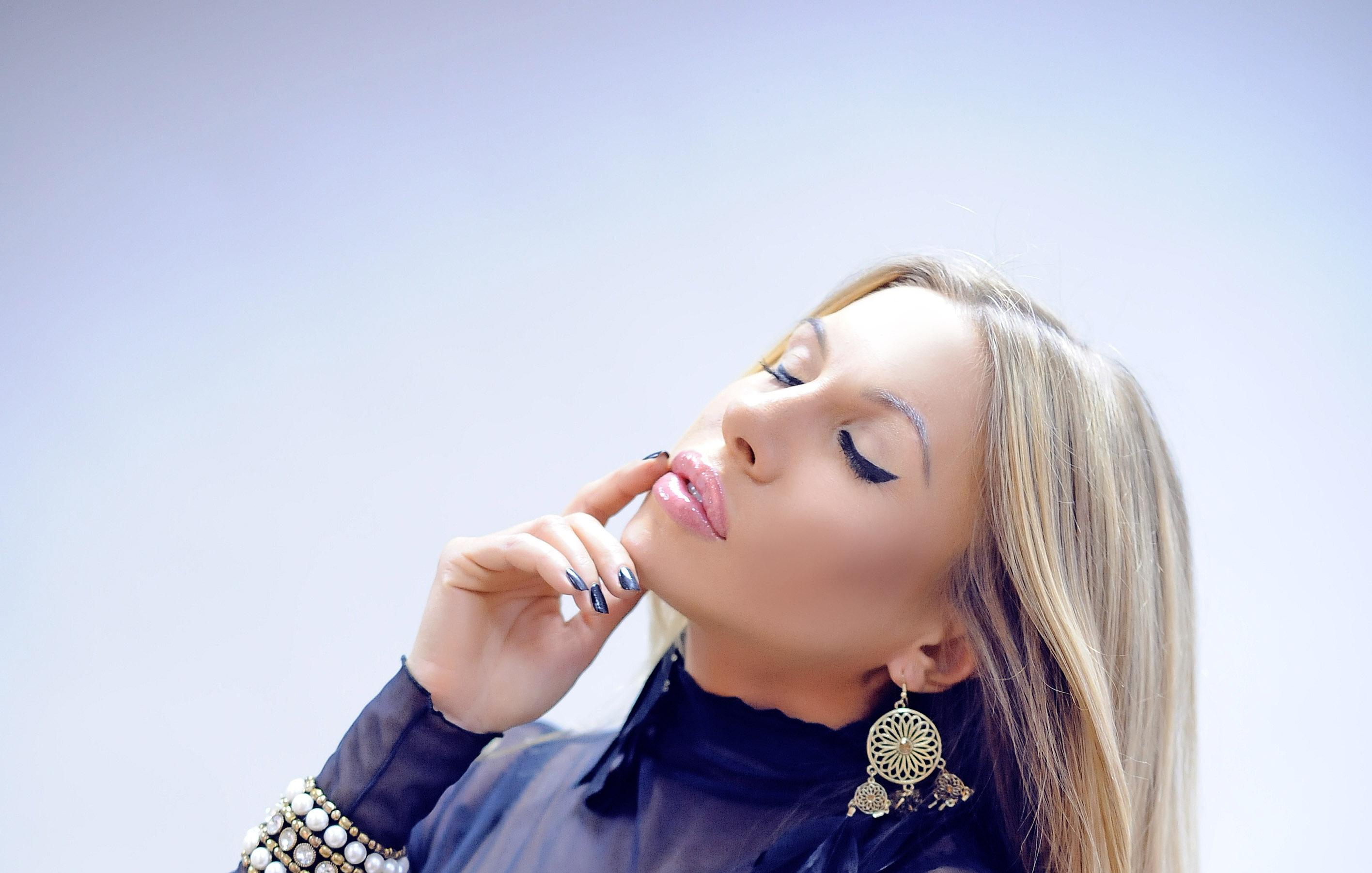 Pictures Of Elina Svetlova