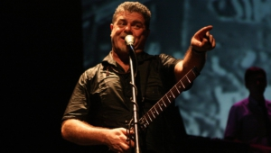 Pictures Of Gustavo Santaolalla