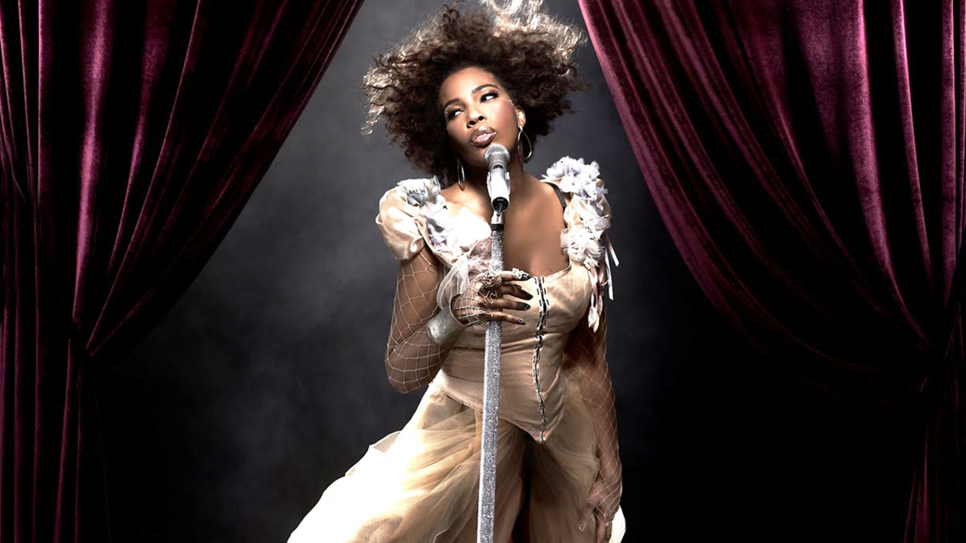 Pictures Of Macy Gray