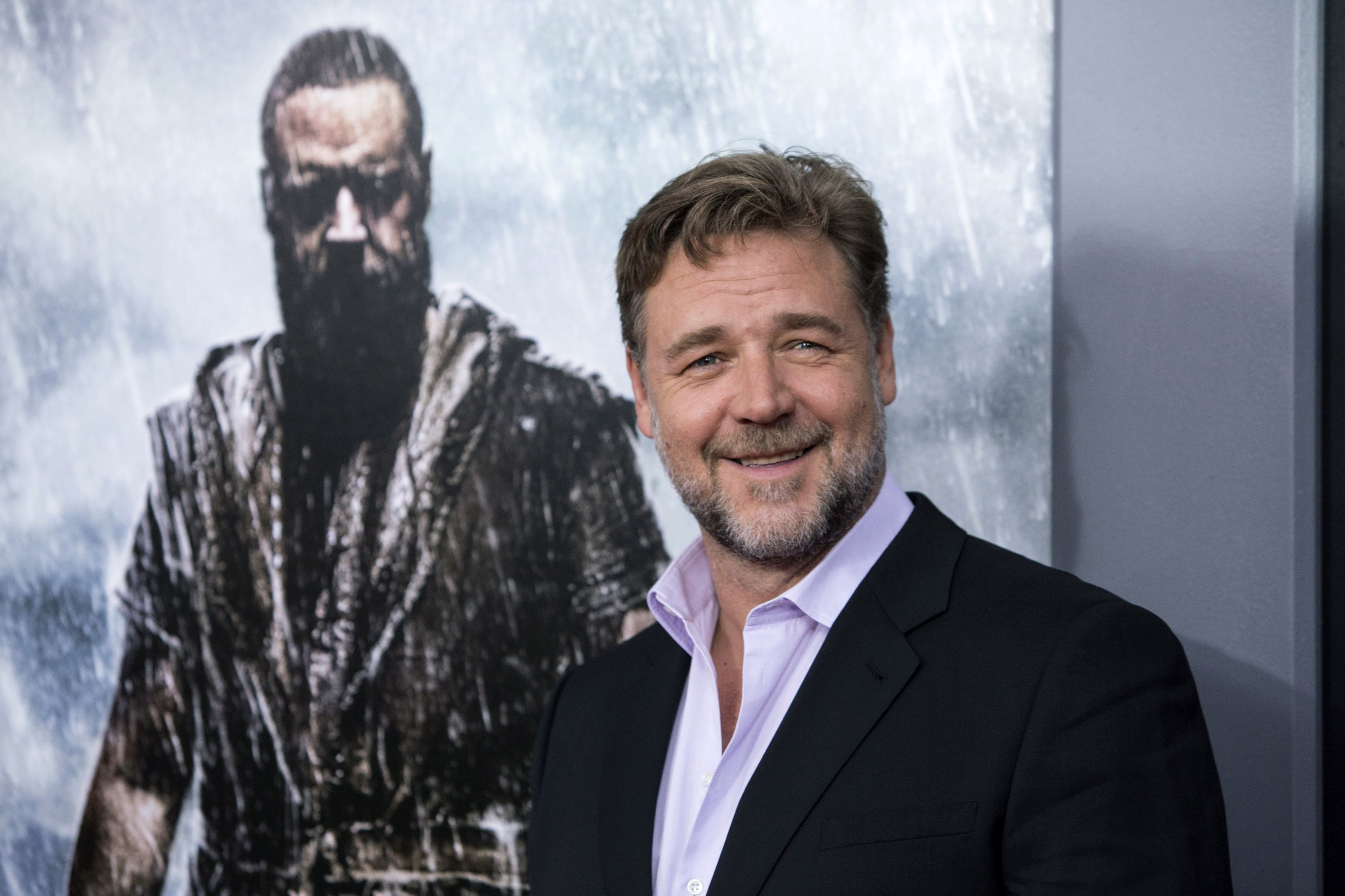 Pictures Of Russell Crowe