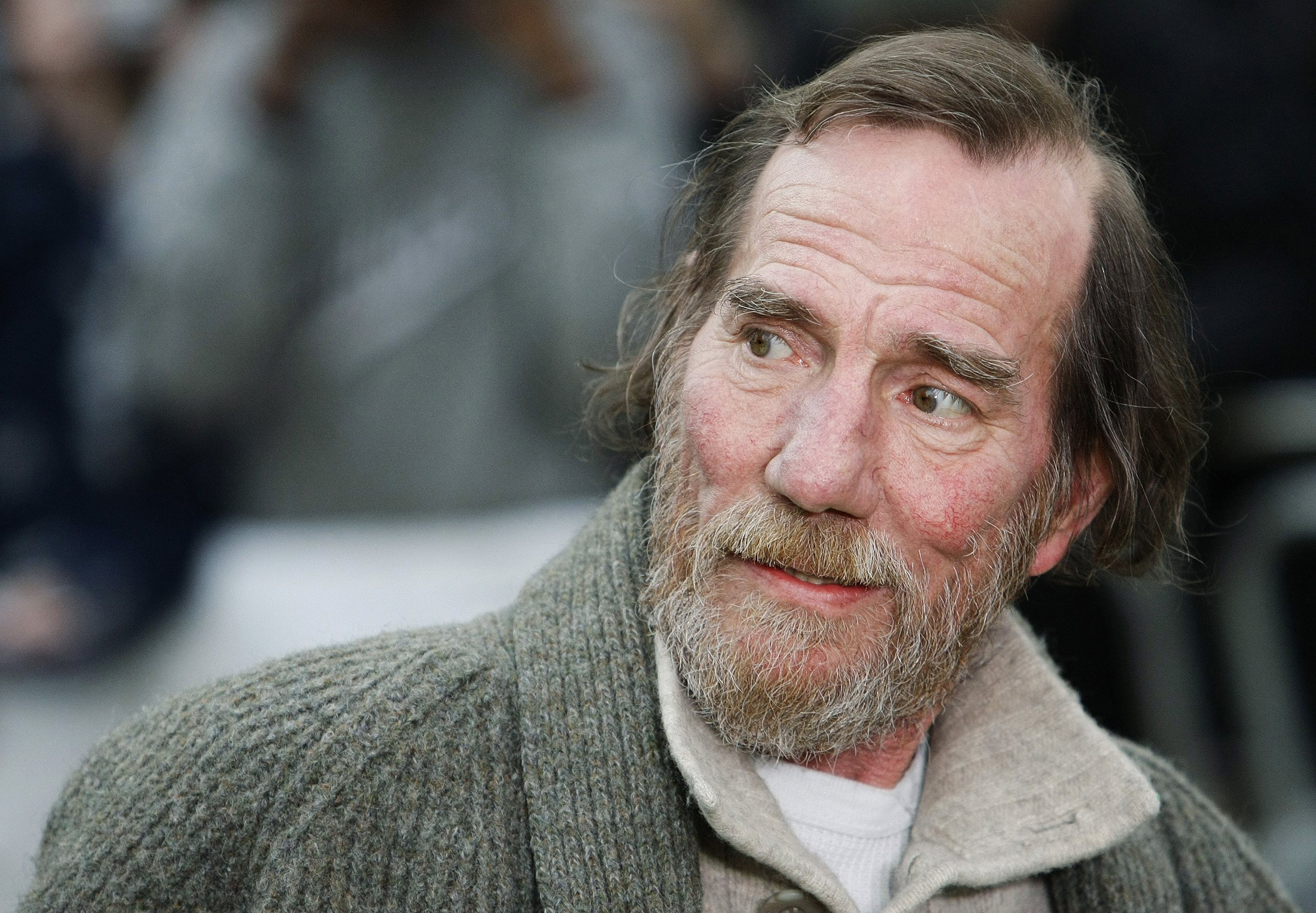 Pictures Of Pete Postlethwaite