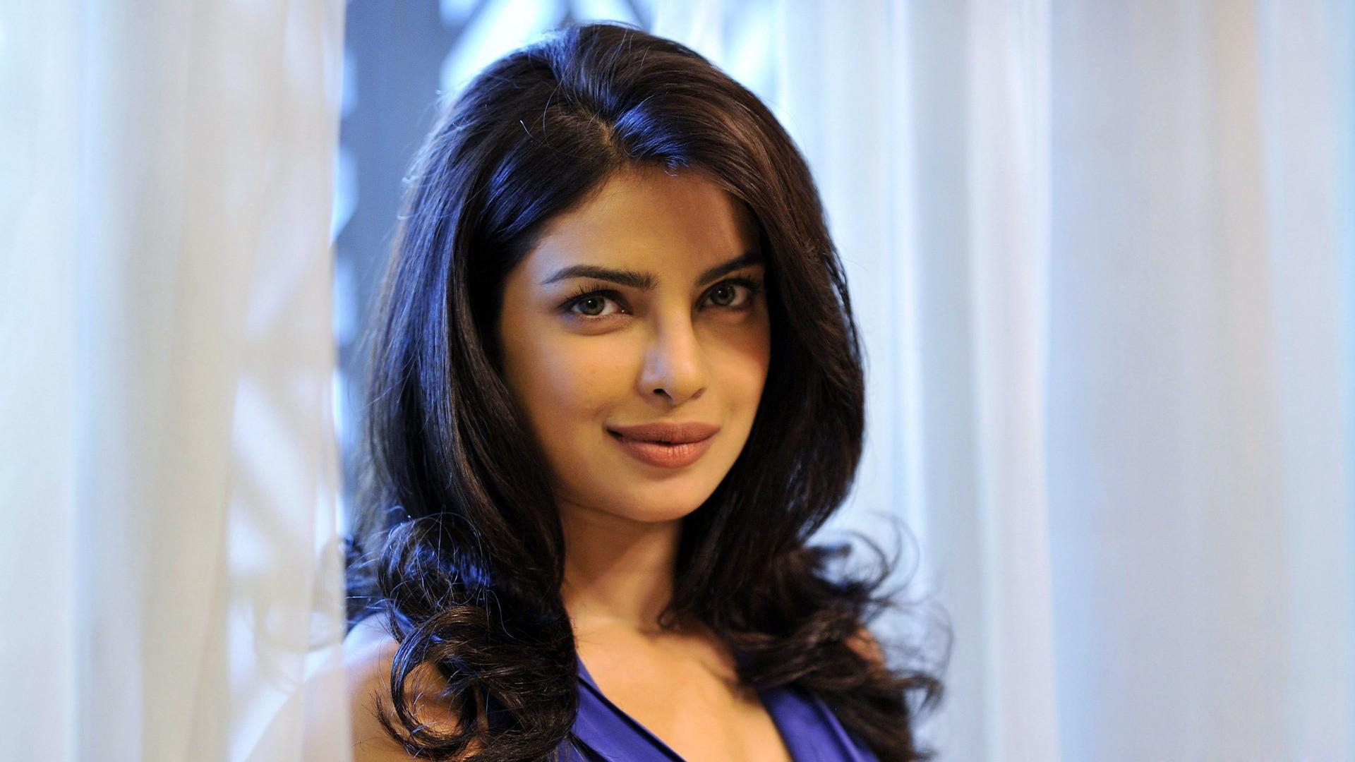 Priyanka Chopra Widescreen