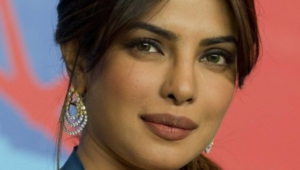 Priyanka Chopra Iphone Images