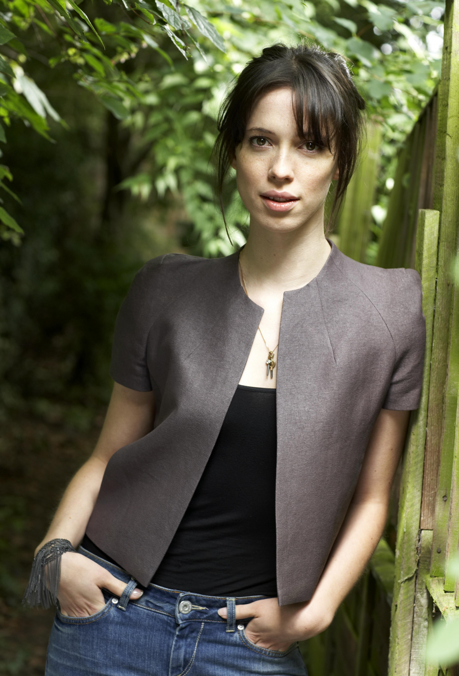 Rebecca Hall Free Download Wallpaper For Mobile