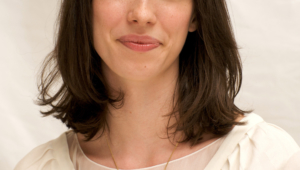 Rebecca Hall For Smartphone