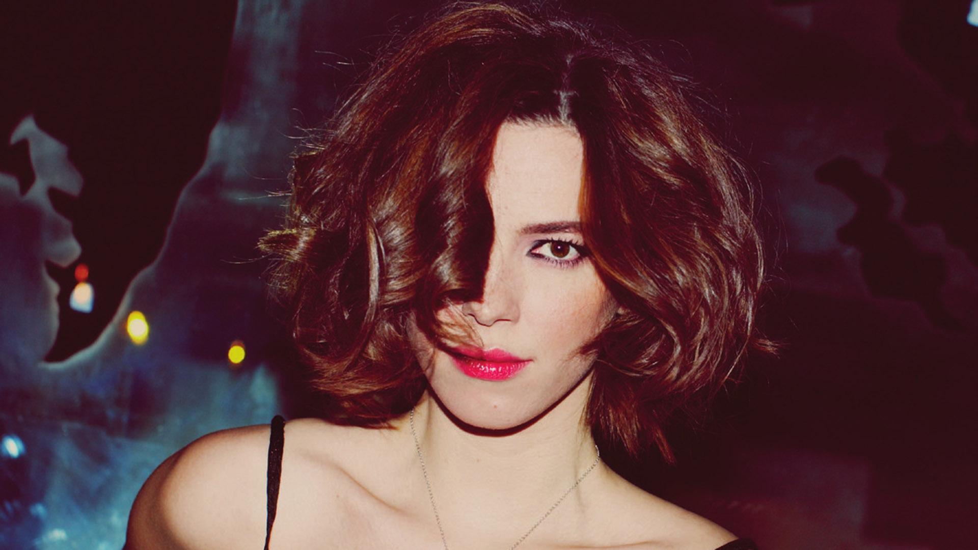 Rebecca Hall Makeup