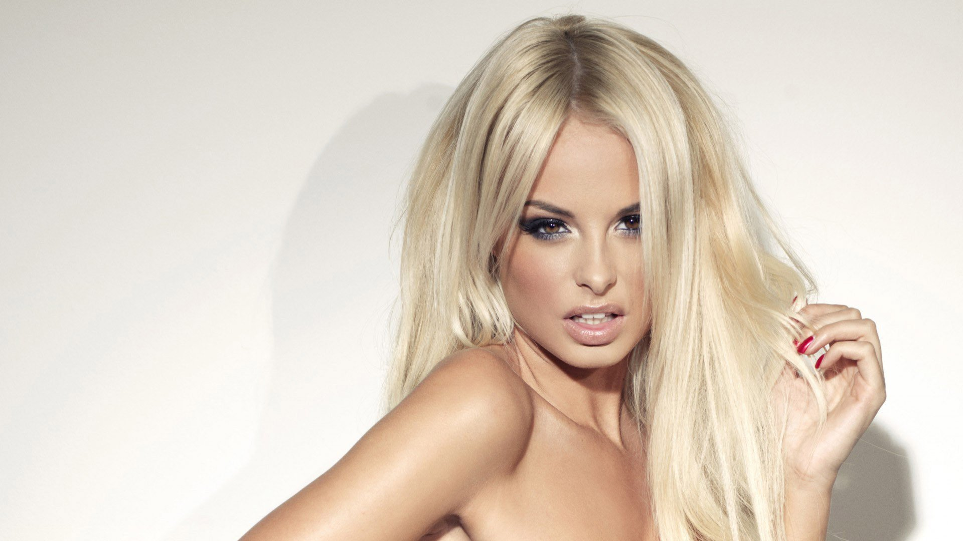 Rhian Sugden High Definition Wallpapers