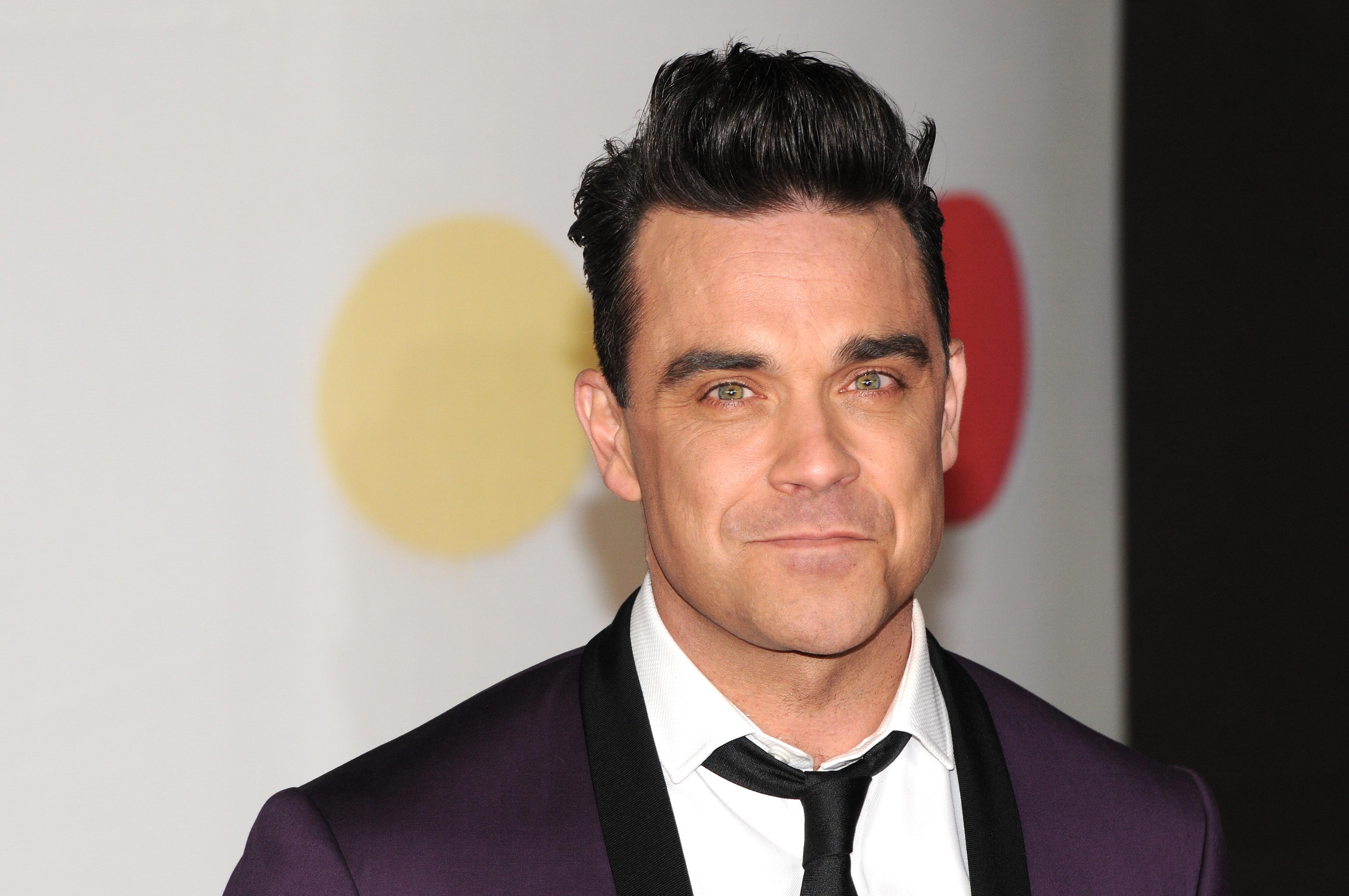 Robbie Williams Pictures