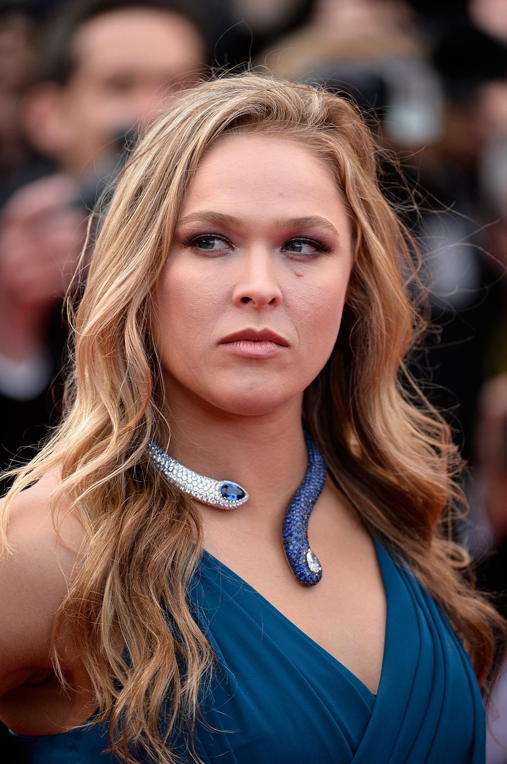 Ronda Rousey Iphone Background