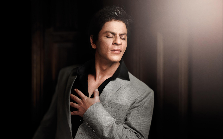 Shah Rukh Khan Sexy Photos