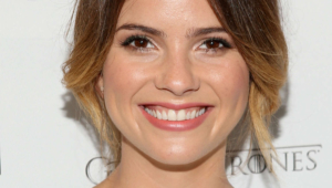 Shelley Hennig Wallpapers Hd