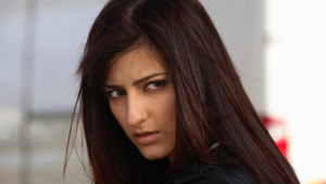Shruti Hassan Hd Background