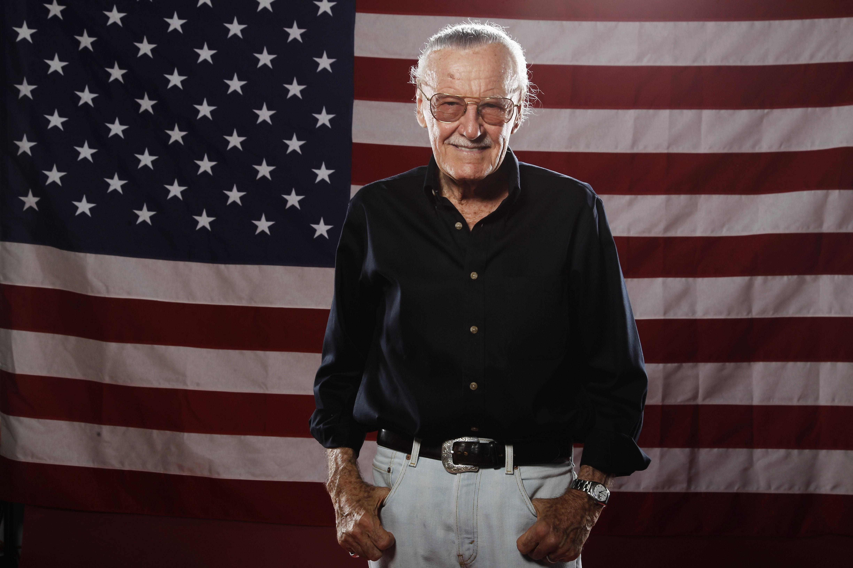 Stan Lee Widescreen