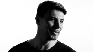 Thomas Gold Background