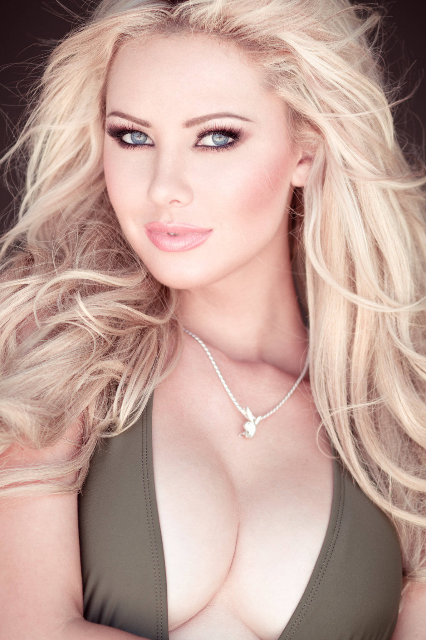 Tiffany Toth Iphone Sexy Wallpapers