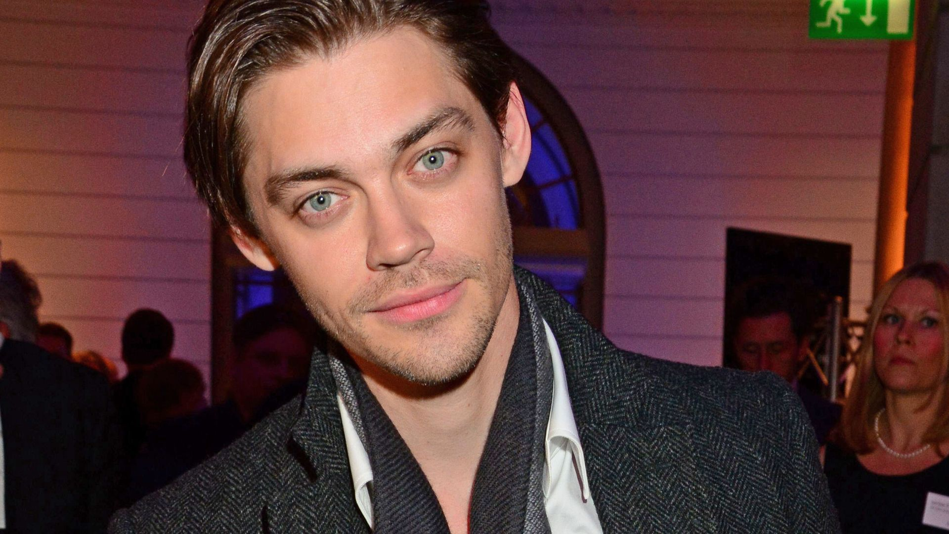 Tom Payne High Definition Wallpapers