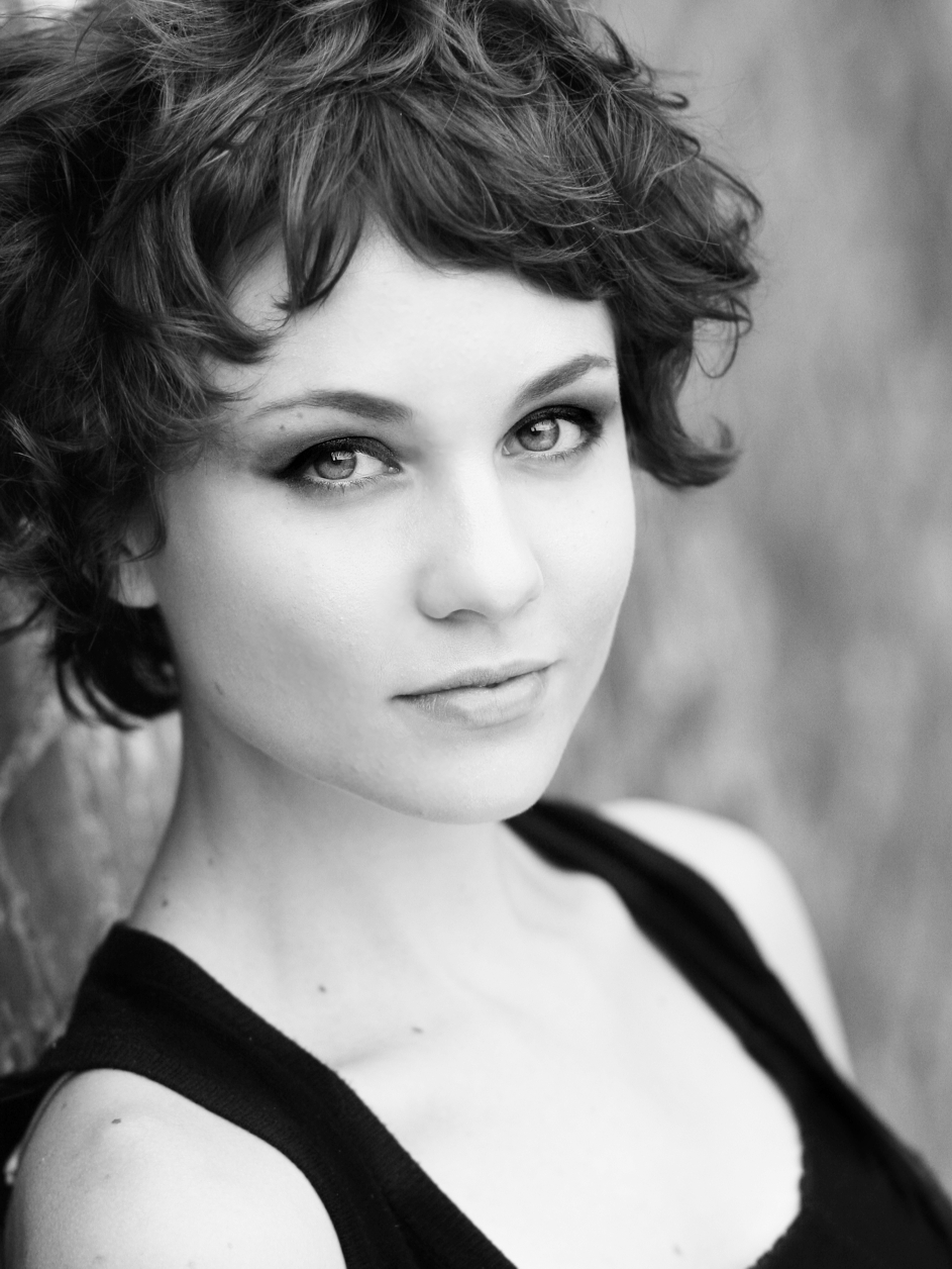 Tuppence Middleton High Quality Wallpapers For Iphone