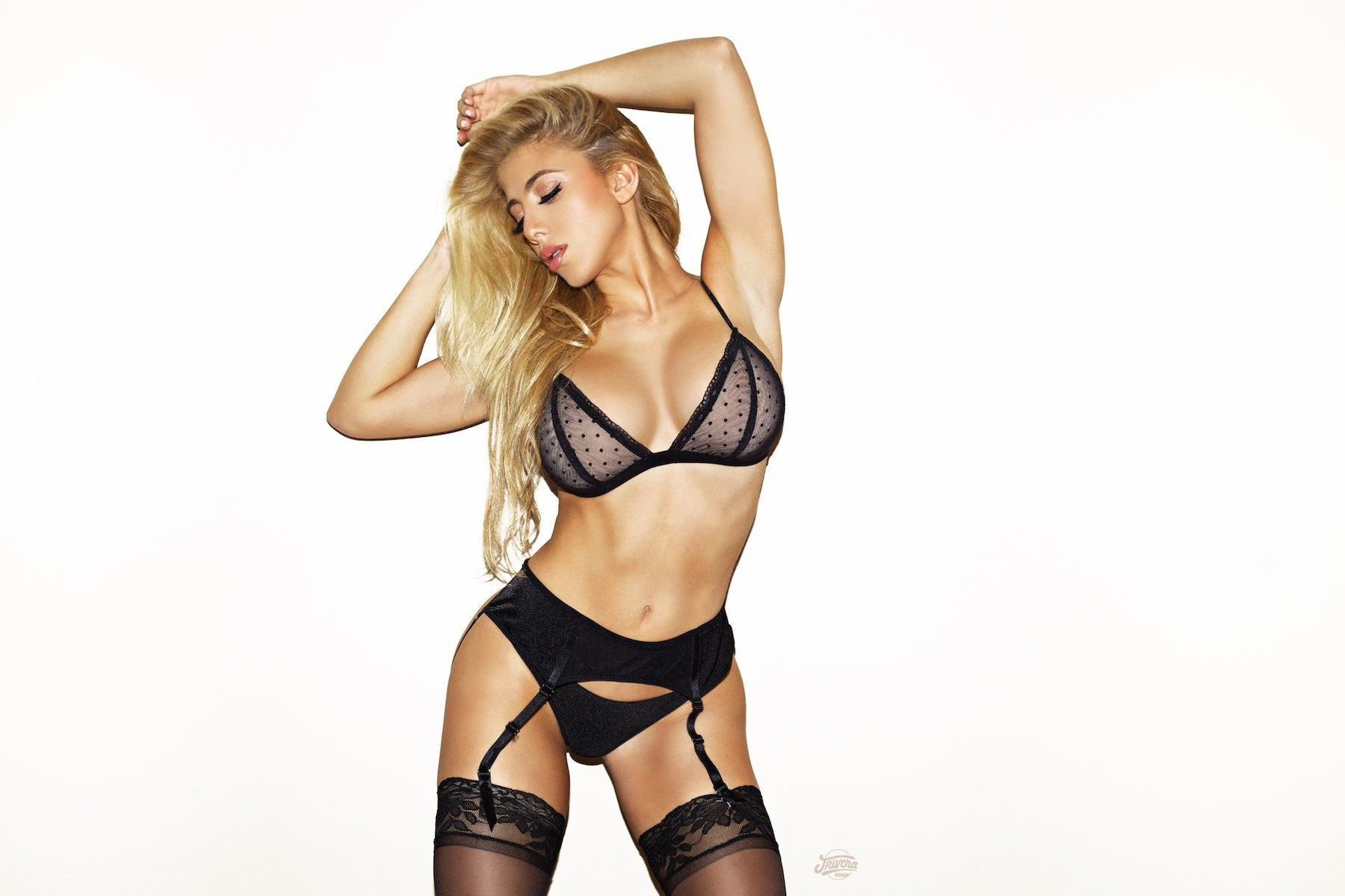 Valeria Orsini High Quality Wallpapers