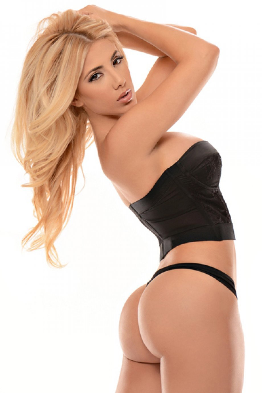 Valeria Orsini Iphone Sexy Wallpapers