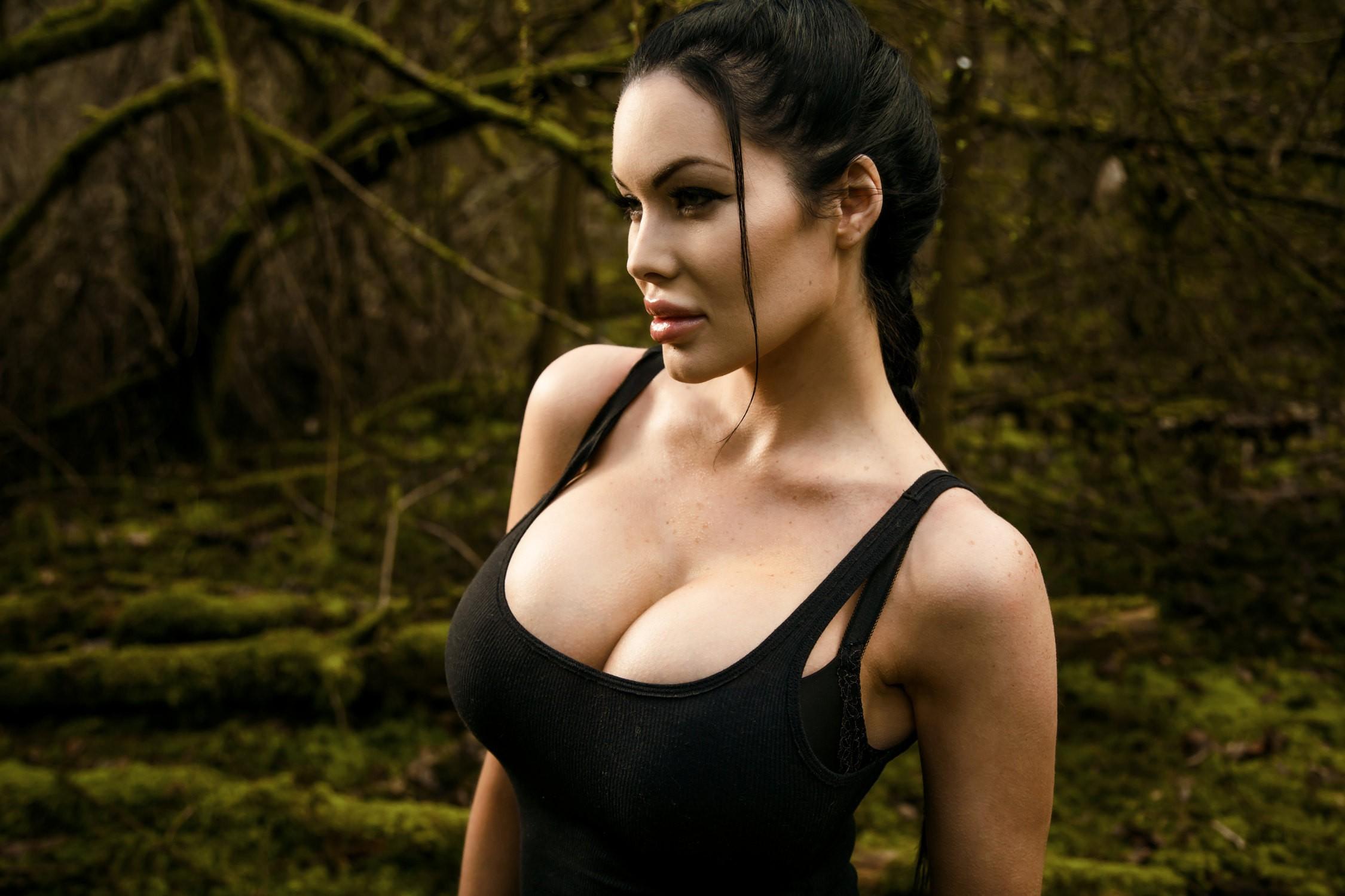 Veronika Black Pictures