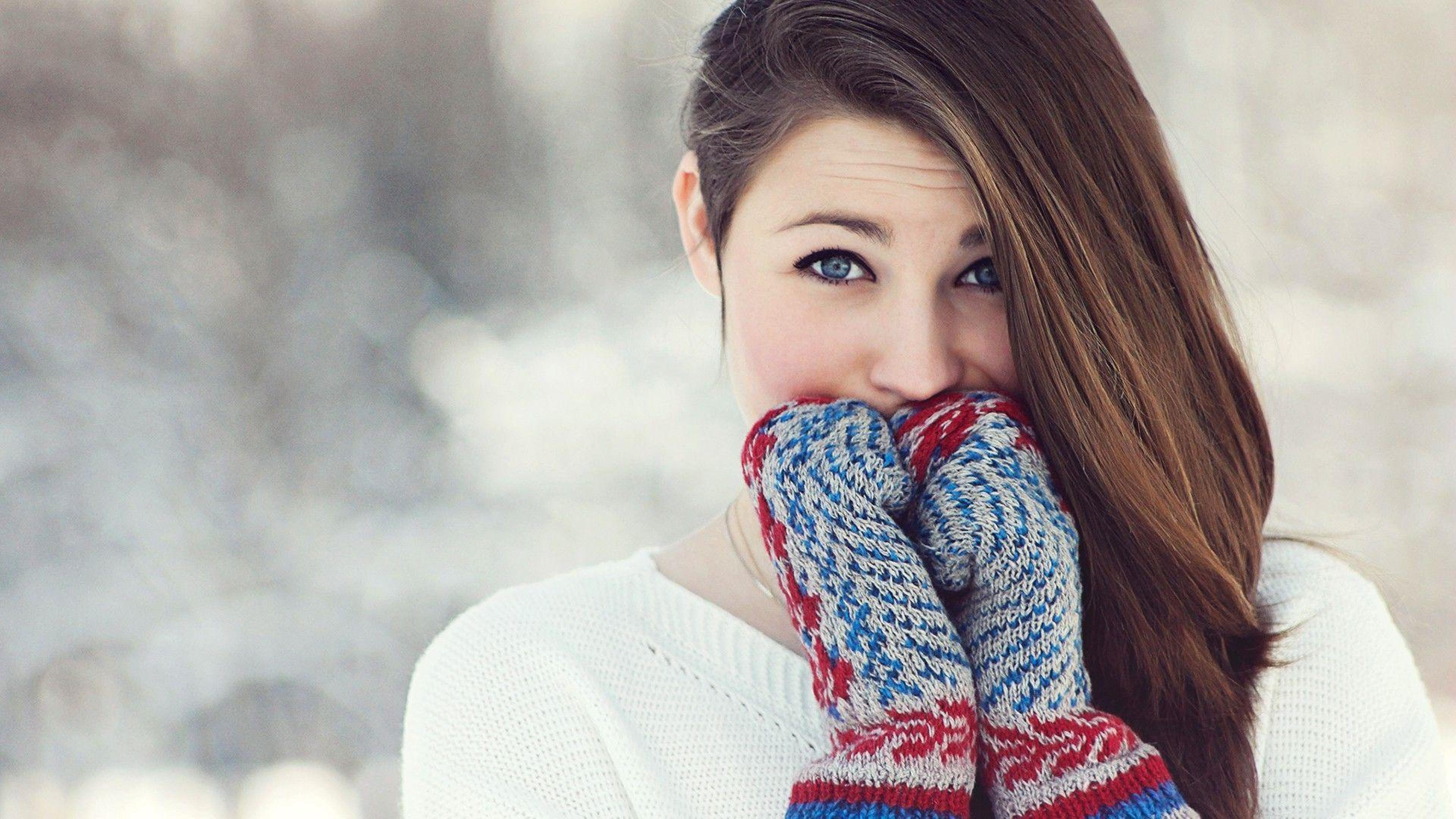 Winter Girl Computer Wallpaper