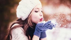 Winter Girl Hd Desktop