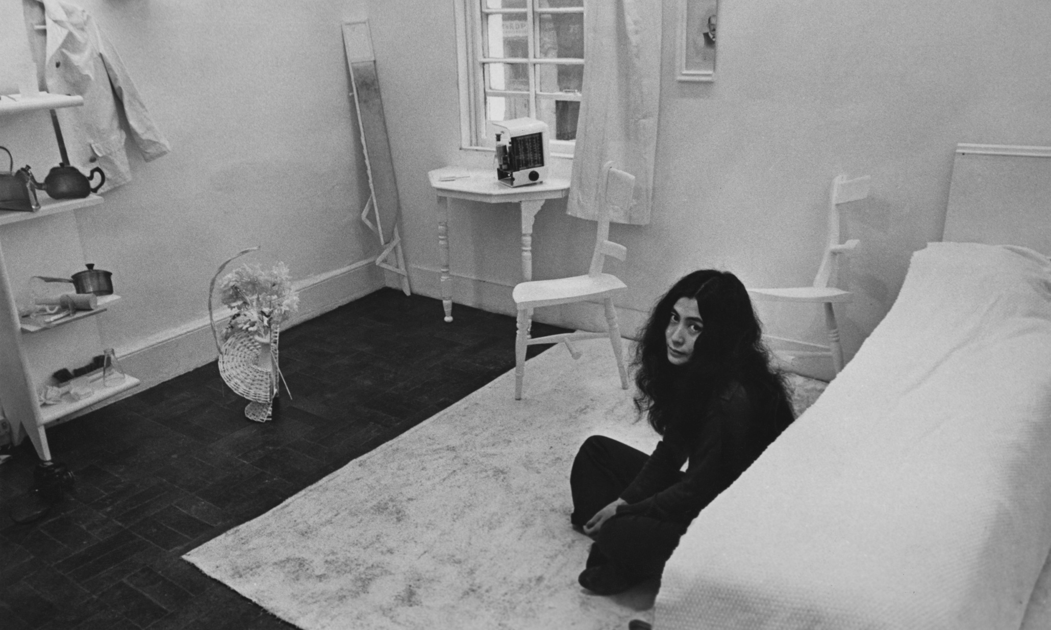 Yoko Ono Photos