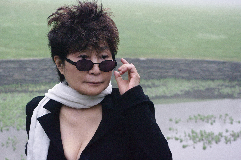 Yoko Ono Sexy Wallpapers