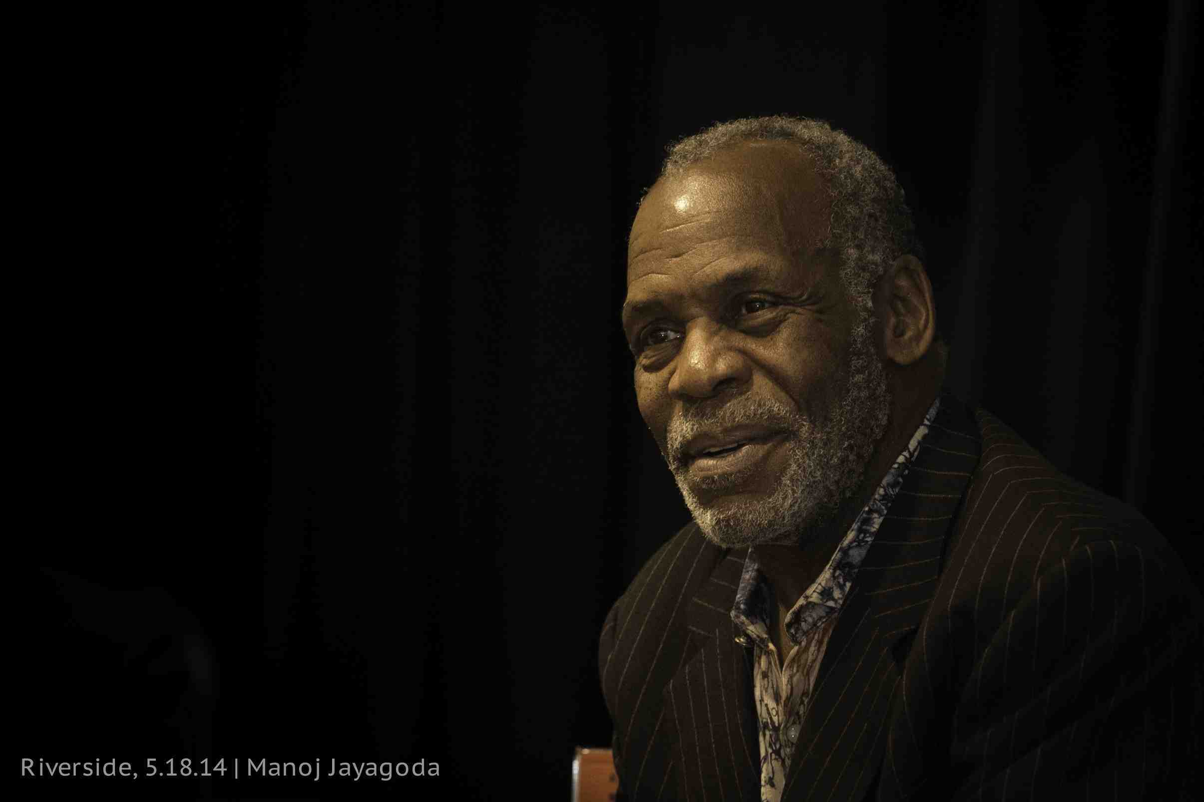 Danny Glover Widescreen