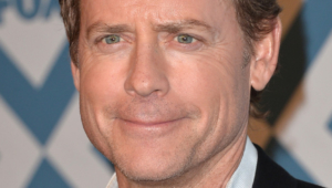 Greg Kinnear Hd Wallpaper