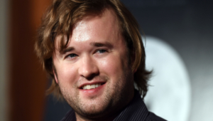 Haley Joel Osment Hd Wallpaper
