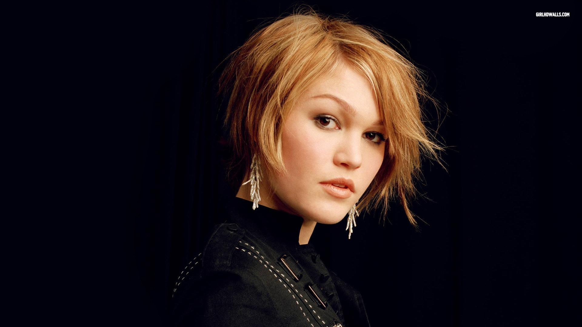 Julia Stiles Wallpapers Hd