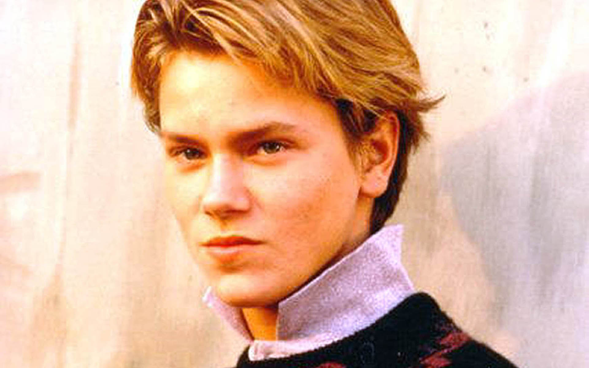 River Phoenix High Definition Wallpapers