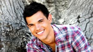 Taylor Lautner Desktop