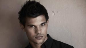 Taylor Lautner Photos