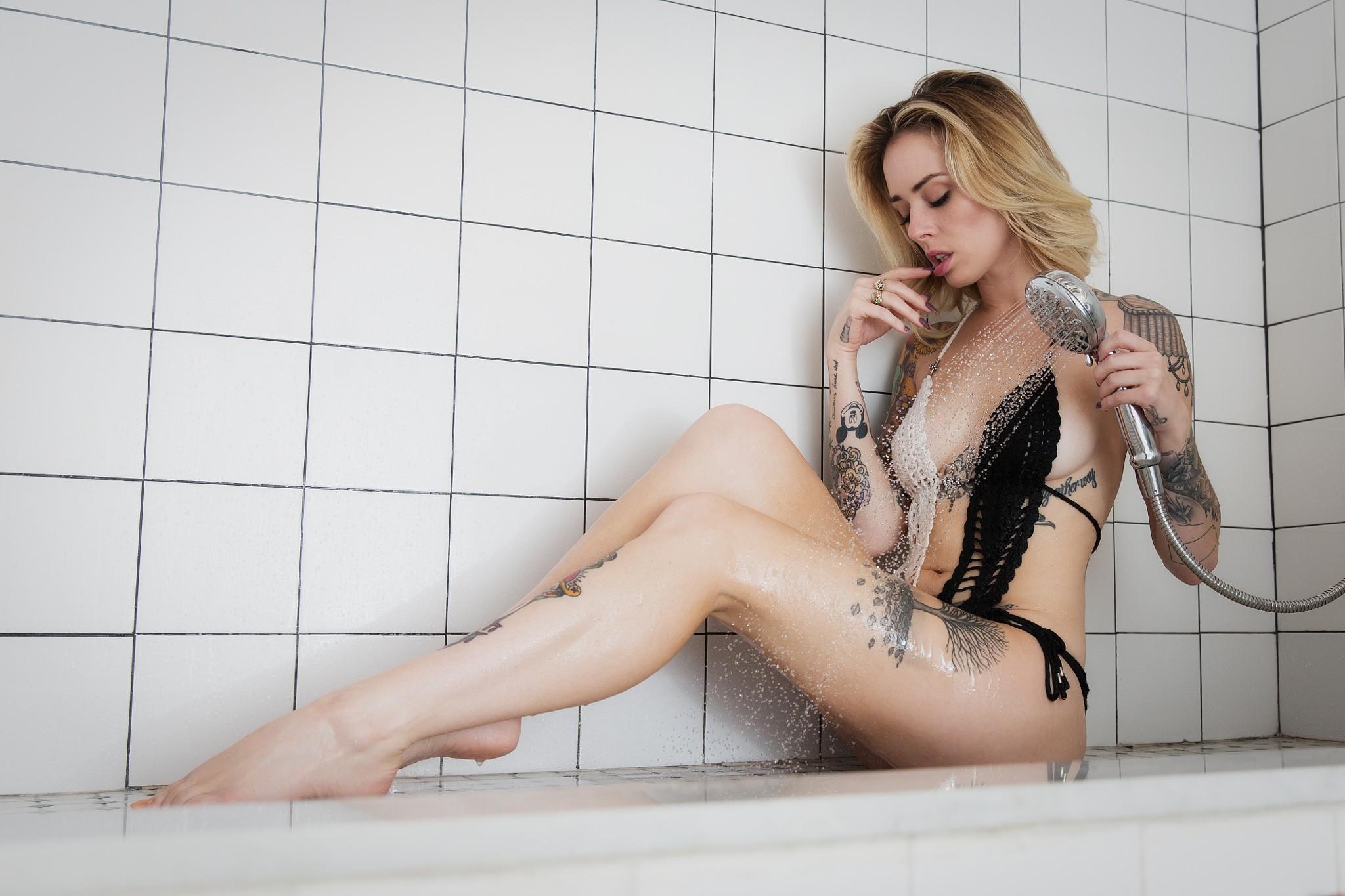 Alysha Nett Pictures