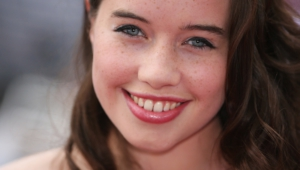 Anna Popplewell Wallpaper