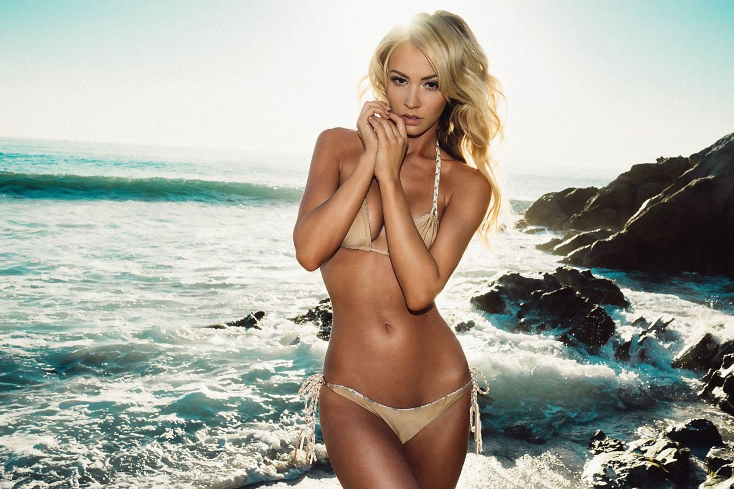 Bryana Holly Images