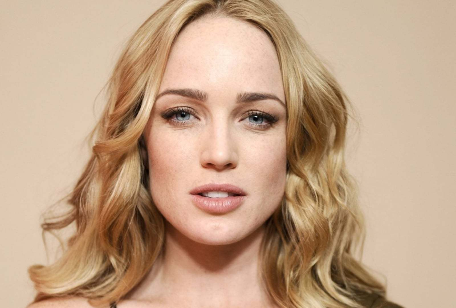 Caity Lotz Photos
