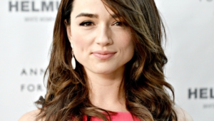 Crystal Reed Photos