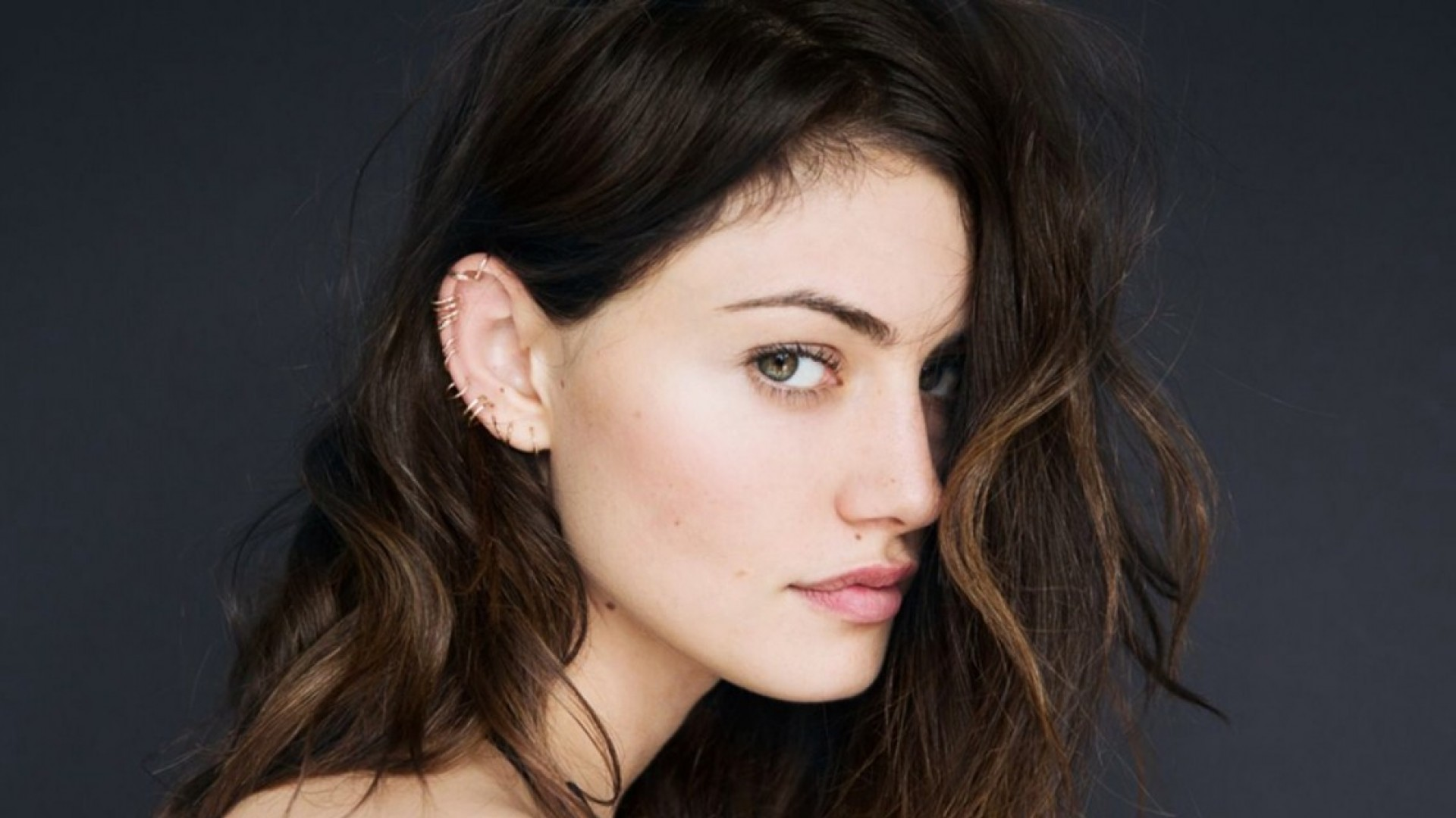 Daily Phoebe Tonkin Wallpapers Hq