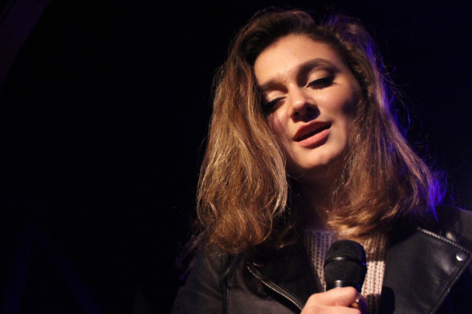 Daya Singer