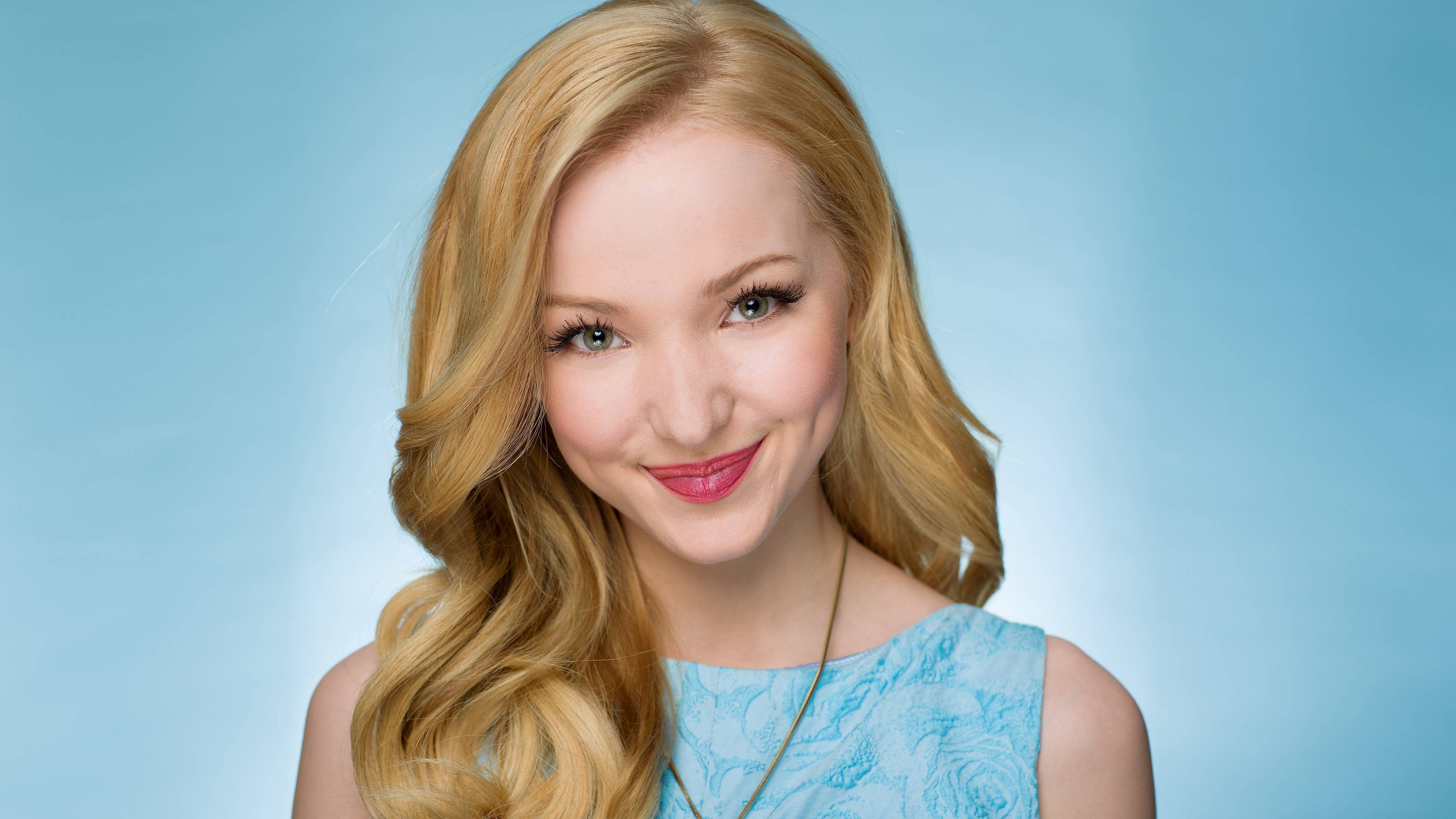 Dove Cameron High Definition Wallpapers