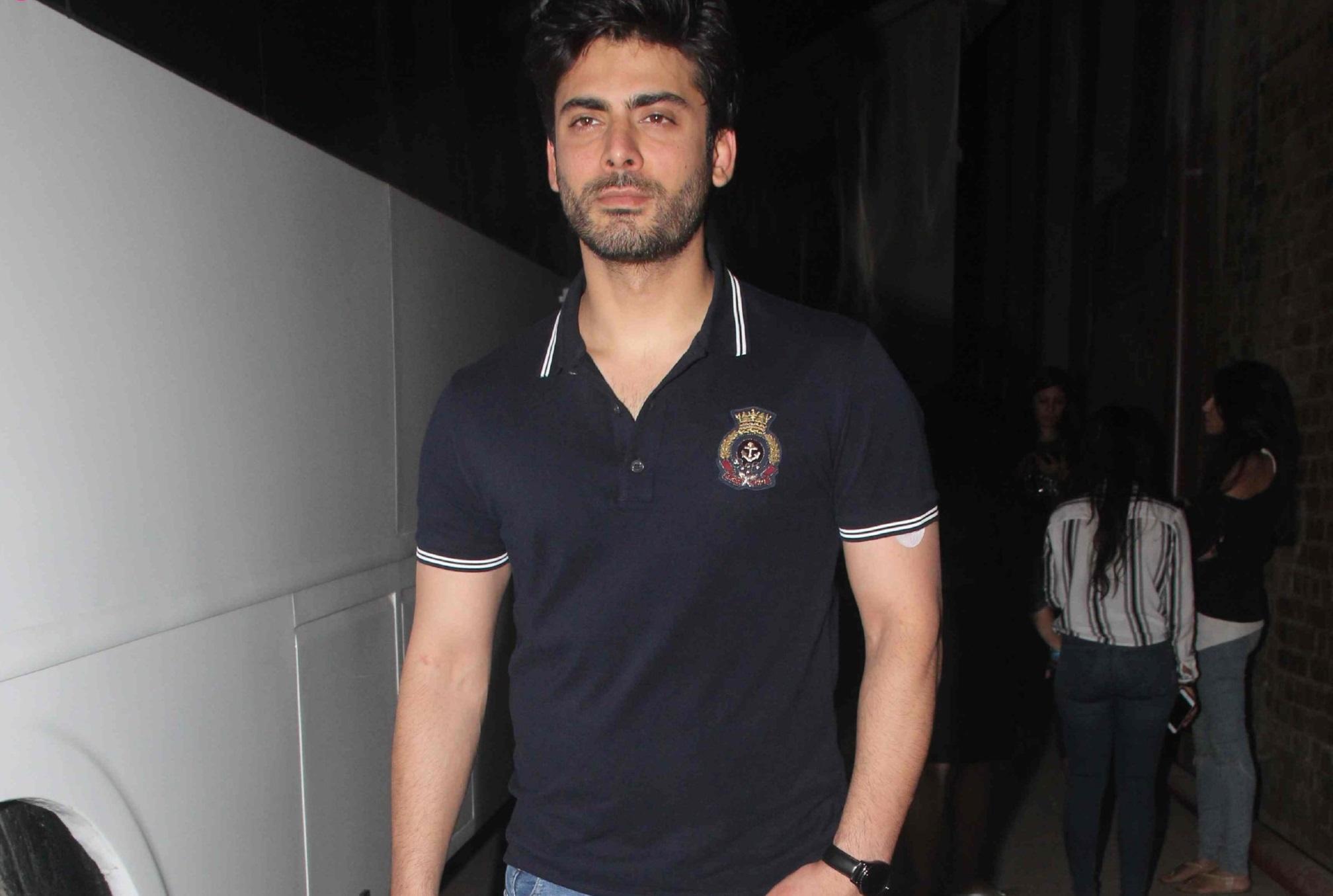 Fawad Khan Background