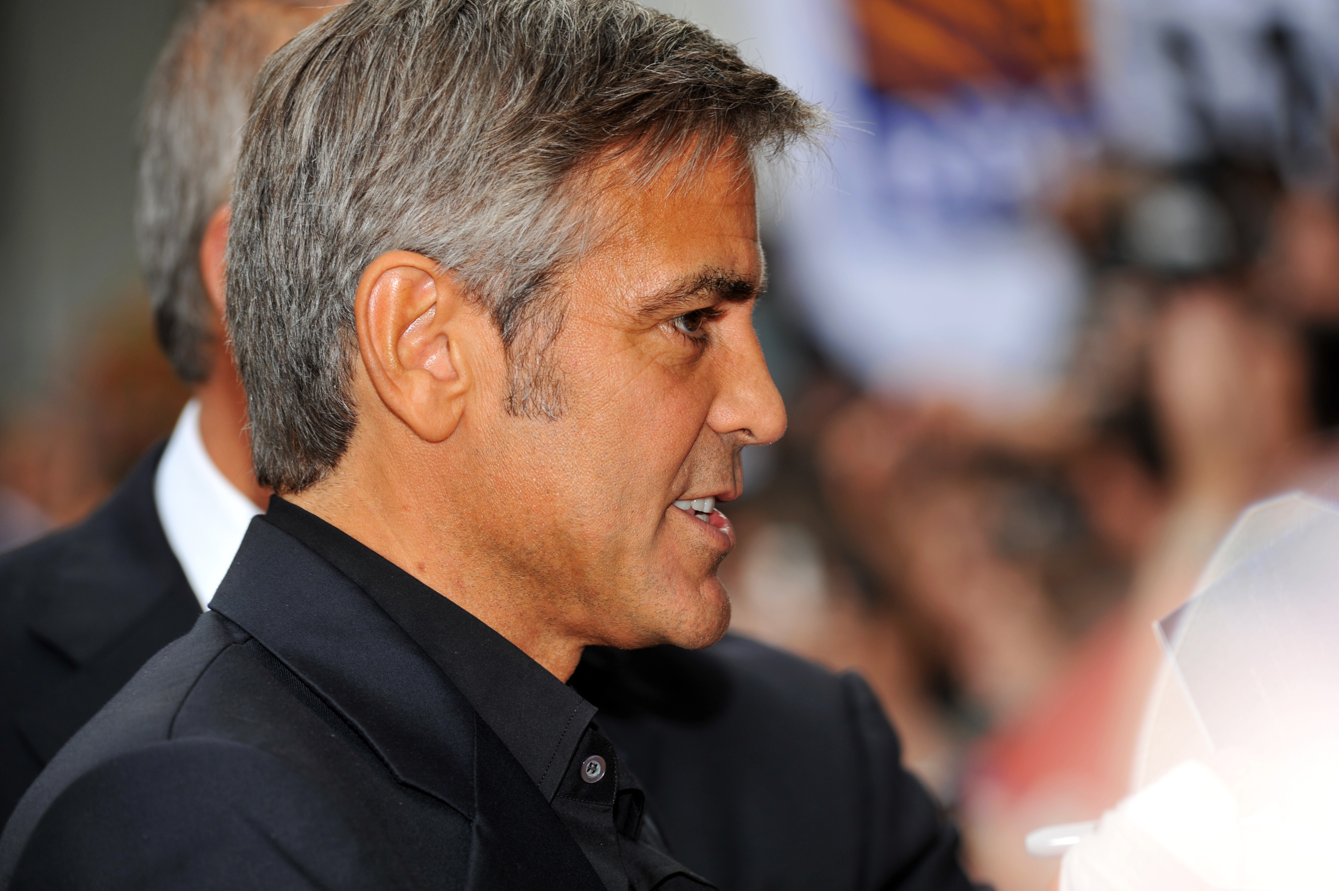George Clooney Download Free Backgrounds Hd