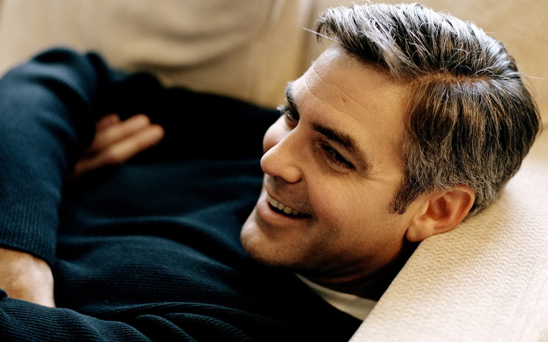 George Clooney Widescreen