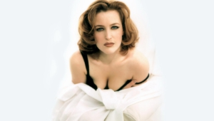 Gillian Anderson Background