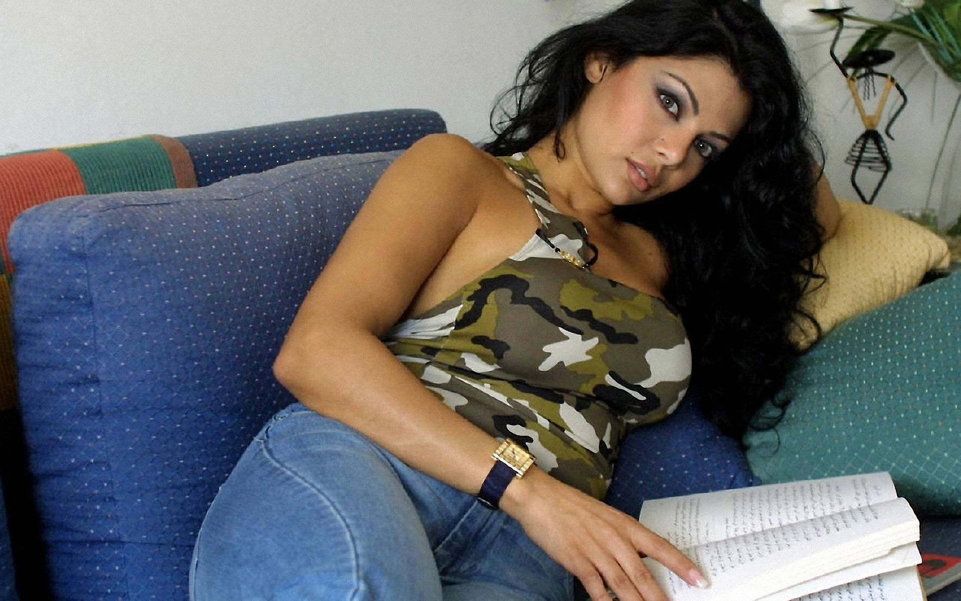 Haifa Wehbe Desktop