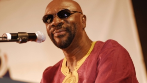 Isaac Hayes Widescreen