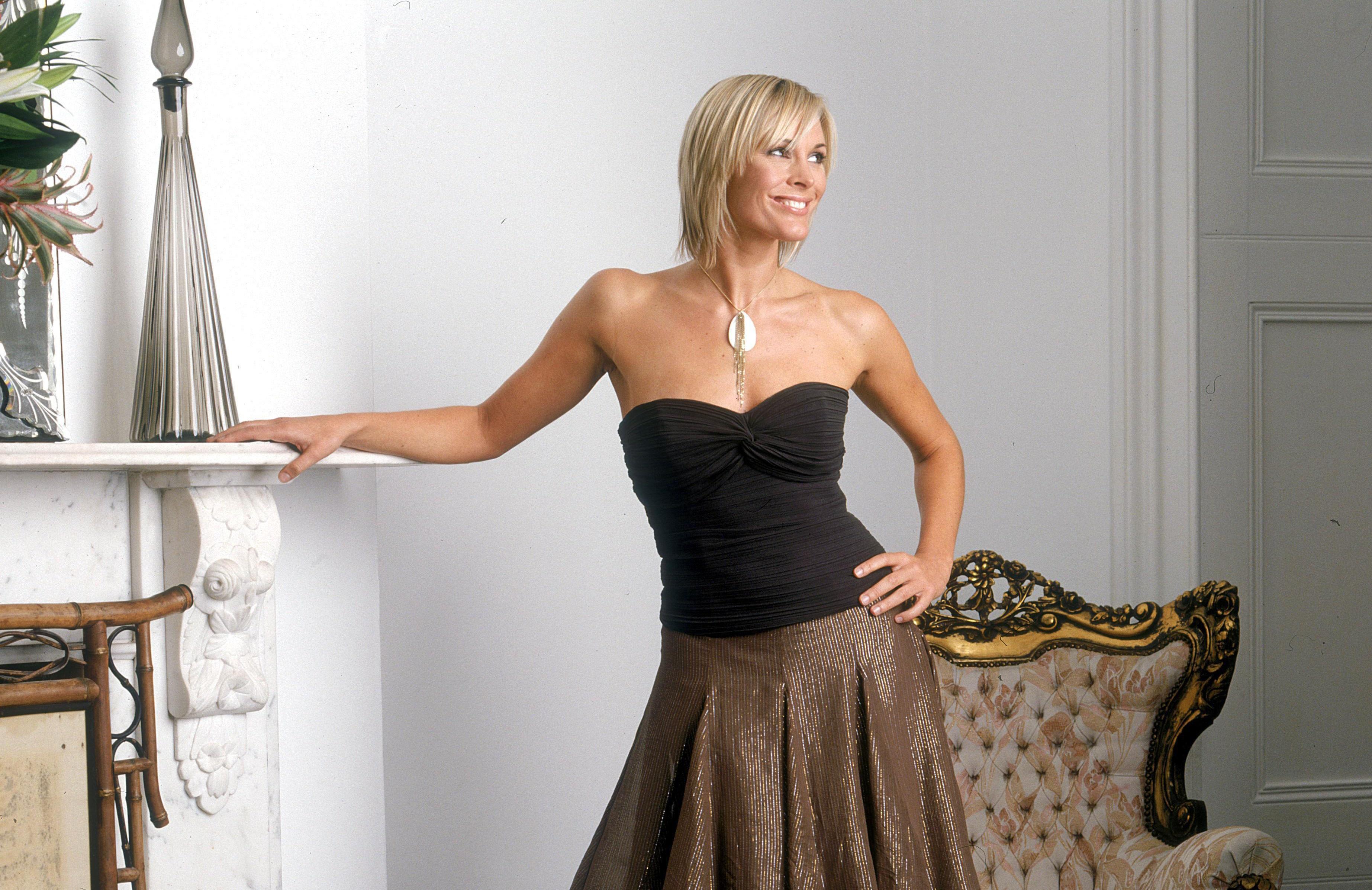 Jenni Falconer Background